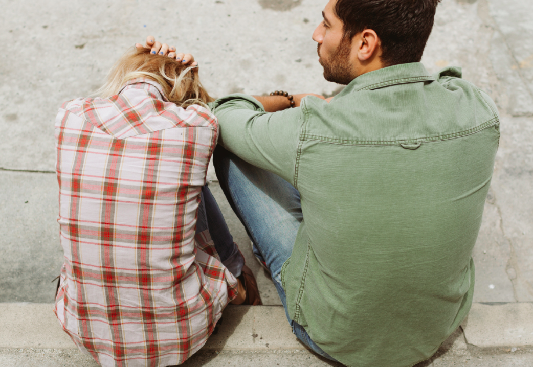 13 Tell-Tale Signs You're In An Unhealthy Relationship