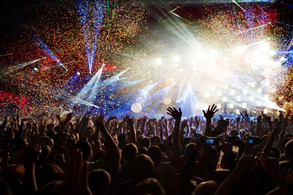 7 Tips On How To Have The Best Time At A Concert | Hero Searches Grapevine