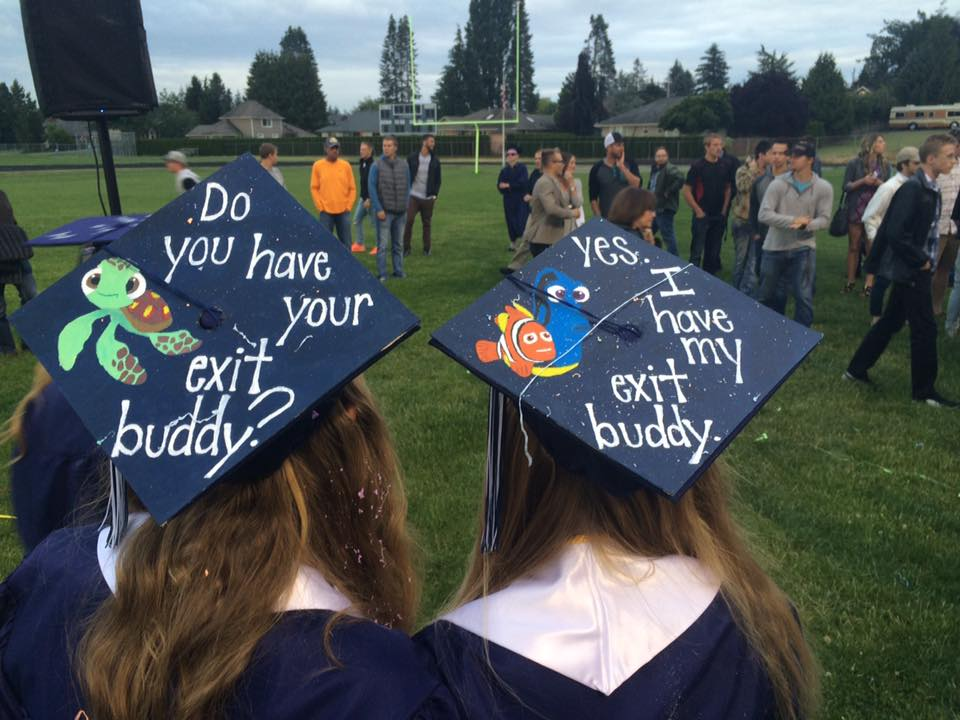 10 Graduation Caps That Nailed It