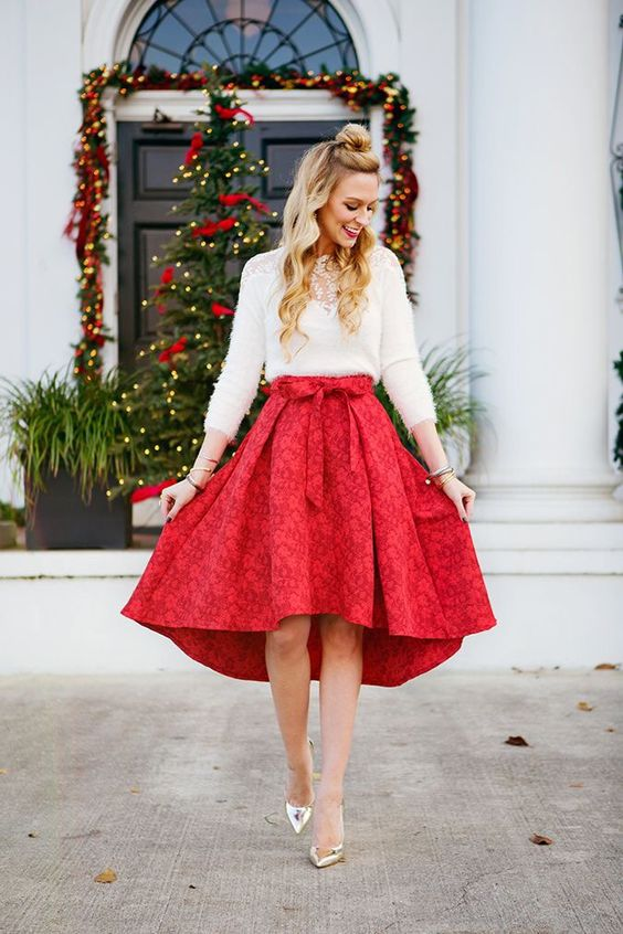 Stylish Outfits For Any Holiday Party