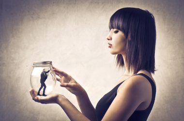 Gaslighting In Relationships: Warning Signs To Look For