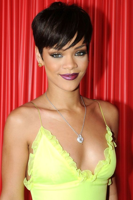 Rihanna's Fiercest Makeup Looks