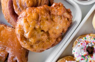bear claw donut